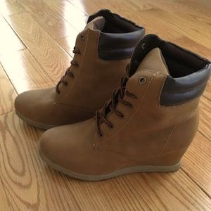Faux Timberland Wedge Boots